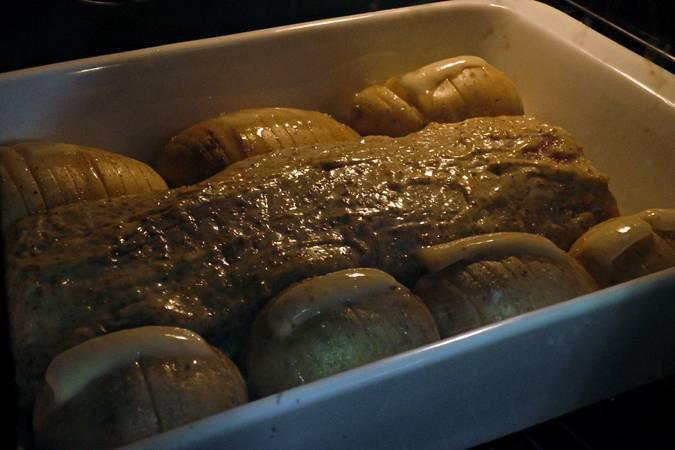 Paso 5 de Lomo de cerdo al horno con patatas hasselback