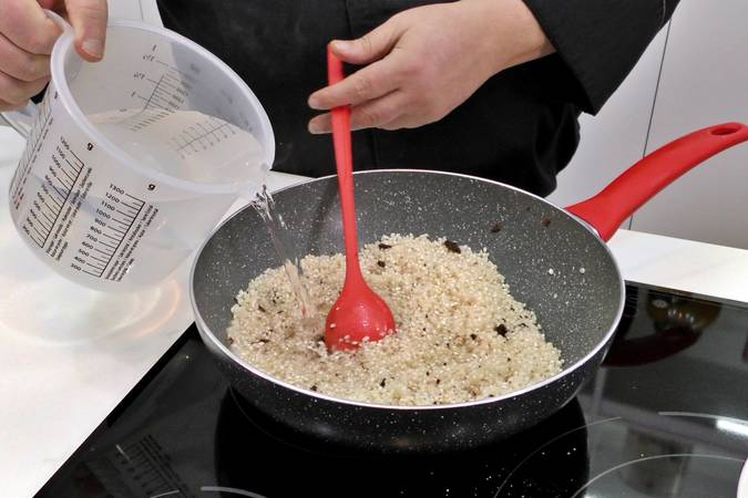 Paso 1 de Receta de arroz a la cubana fácil y sabrosa