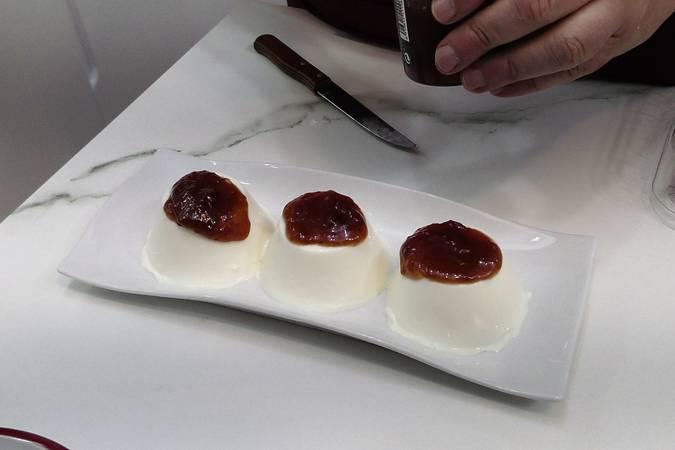 Paso 5 de Panna cotta de queso y frutos rojos
