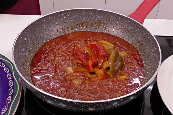 Paso 5 de Como hacer bacalao a la riojana con pimientos asados al horno