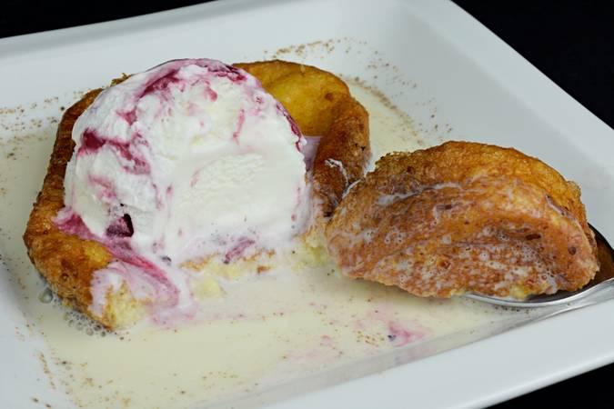 Paso 5 de Torrijas con helado y sopa de leche condensada