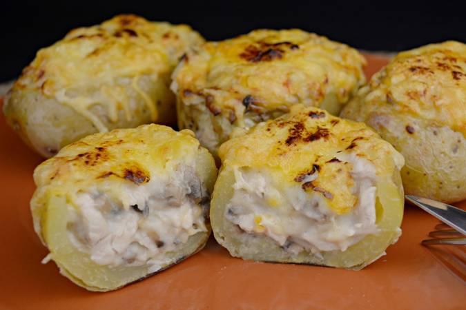 Paso 7 de Patatas rellenas de pollo y champiñones