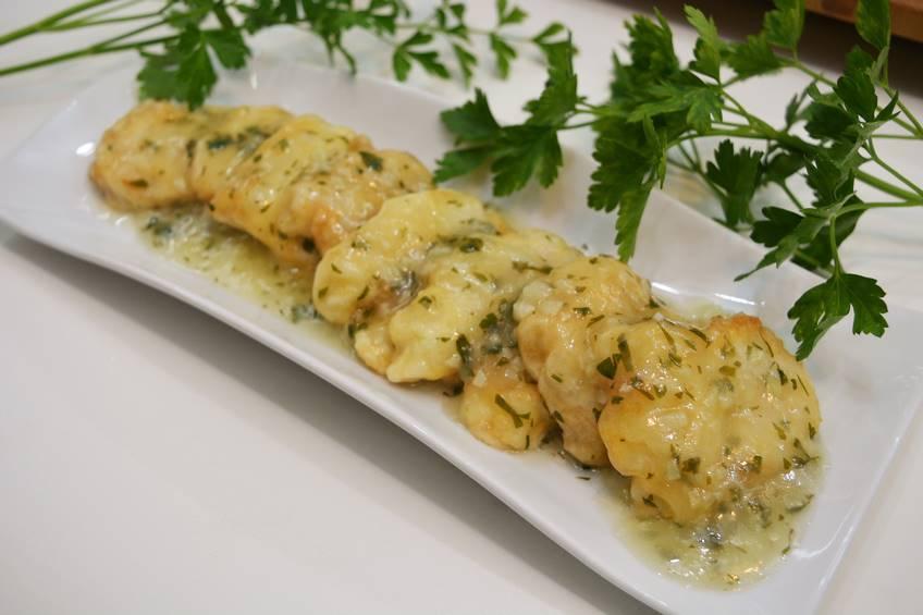 Paso 4 de Cocochas de bacalao en salsa verde