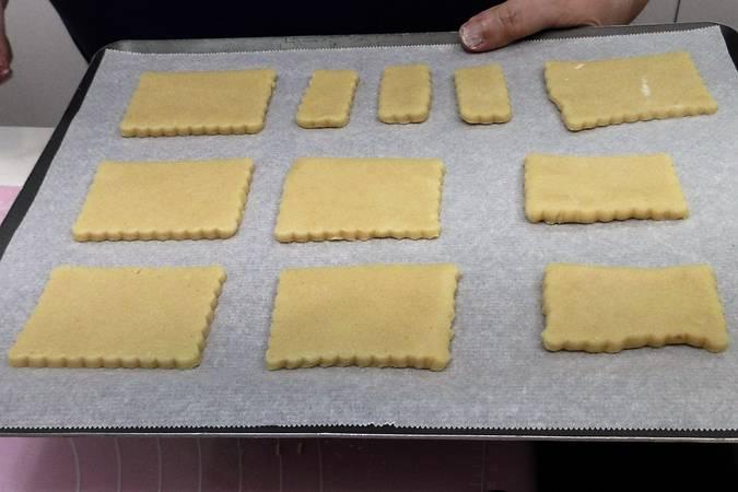 Paso 6 de Cómo hacer galletas de mantequilla
