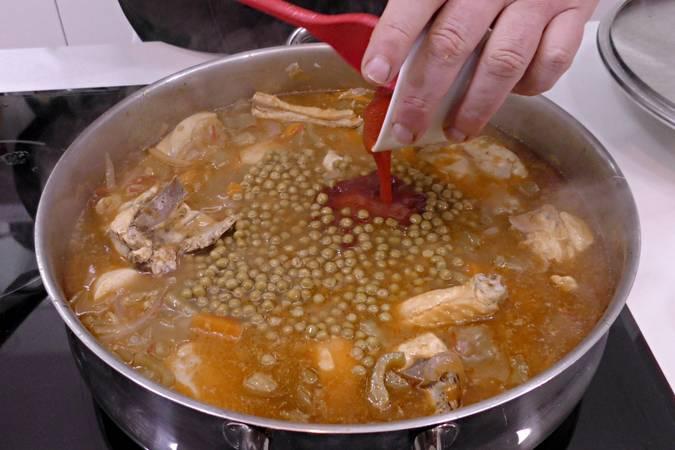Paso 6 de Receta de pollo a la jardinera, cocina española