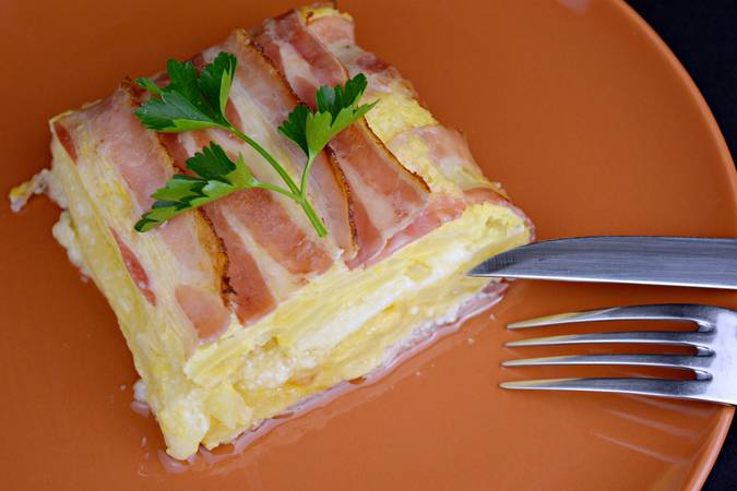 Paso 8 de Pastel de tortilla de patata con beicon y queso