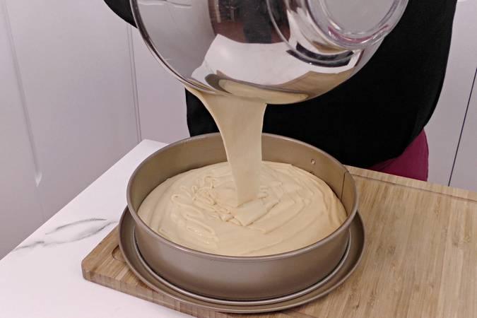 Paso 4 de Bizcocho de leche y mantequilla