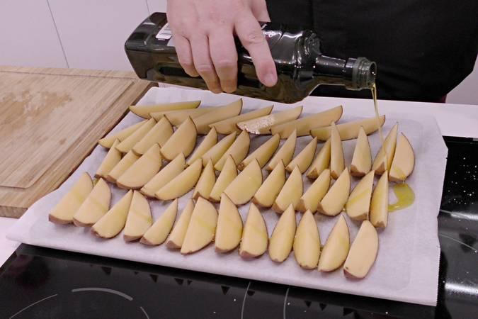 Horneamos las patatas