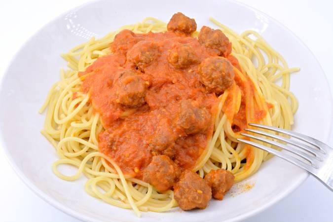 Paso 8 de Espaguetis con albóndigas en Mycook Touch