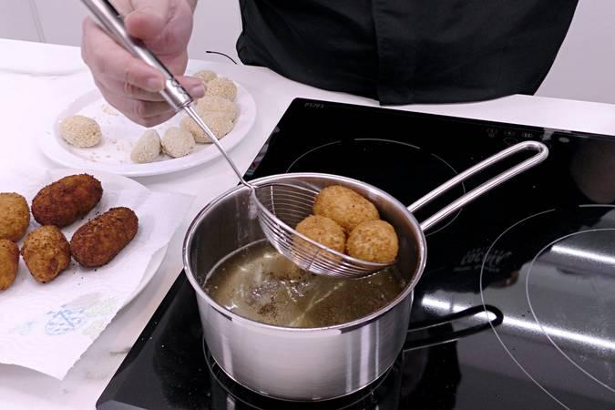 Paso 5 de Croquetas de jamón en Mycook Touch