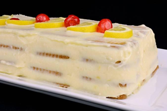 Ya hemos terminado la tarta de limón y galletas sin horno
