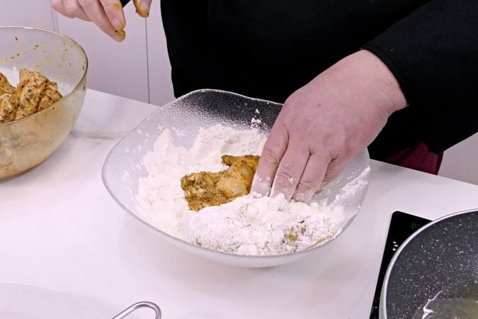 Paso 4 de Alitas de pollo marinadas y crujientes