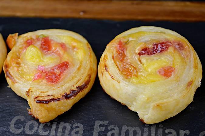 Paso 10 de Caracolas de hojaldre con crema pastelera y frutas