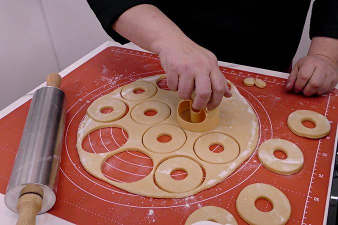Cortar las rosquillas
