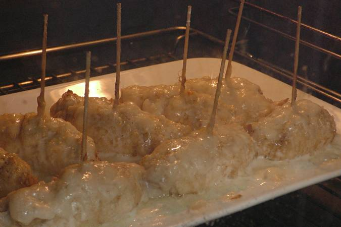 Paso 7 de Pechugas rellenas y gratinadas con queso