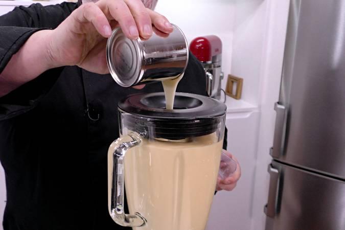 Paso 3 de Tarta de manzana y leche condensada