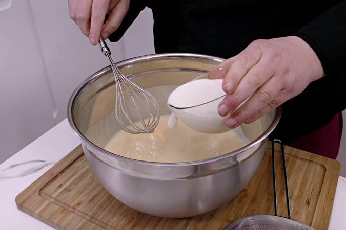 Paso 4 de Tarta de manzana y leche condensada