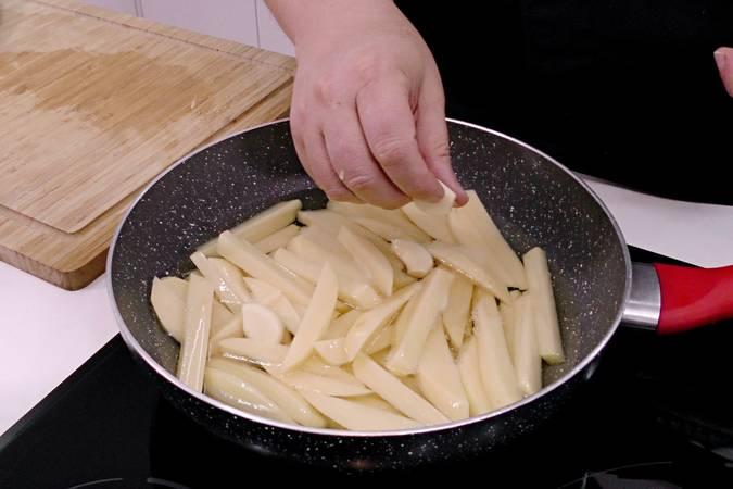 Freímos las patatas