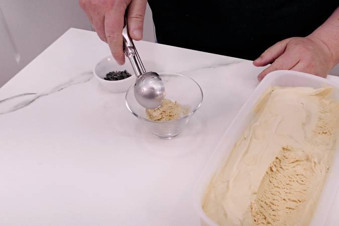 Paso 4 de Helado casero de dulce de leche