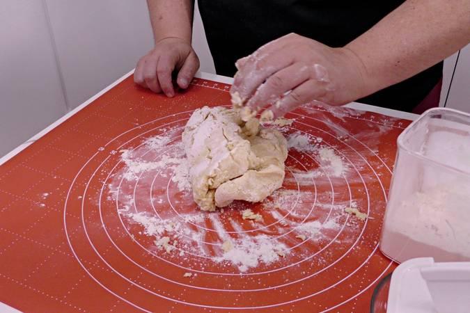 Paso 3 de Galletas de mantequilla y coco