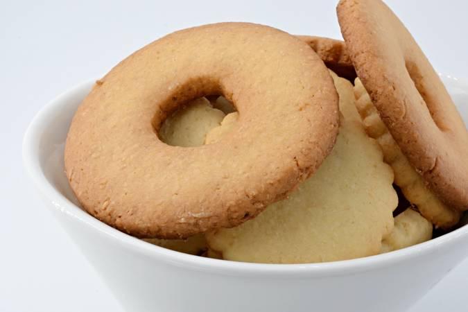 Paso 9 de Galletas de mantequilla y coco
