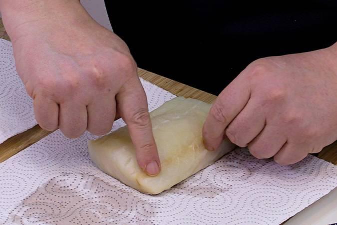 Paso 2 de Receta de bacalao con pimientos asados