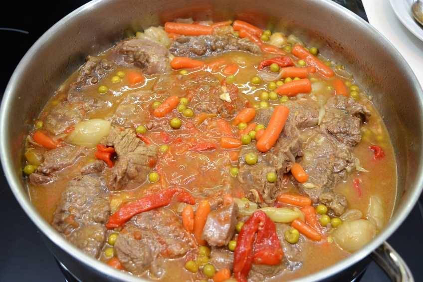 Paso 4 de Ternera estofada con verduras