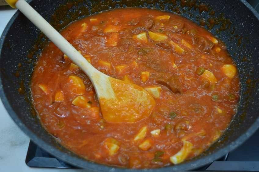 Paso 3 de Espaguetis con chorizo y salsa picante