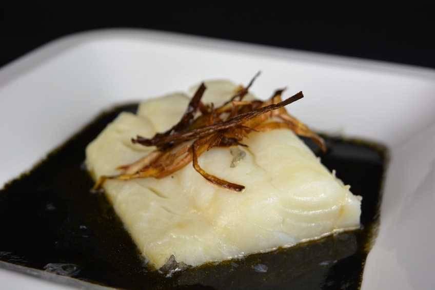 Paso 7 de Receta de bacalao con salsa de tinta de calamar