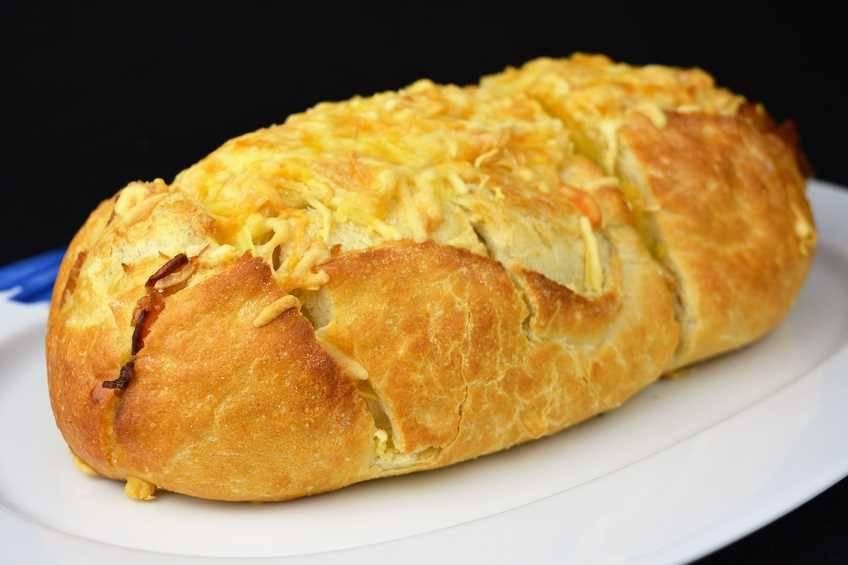 Paso 4 de Pan con beicon y queso