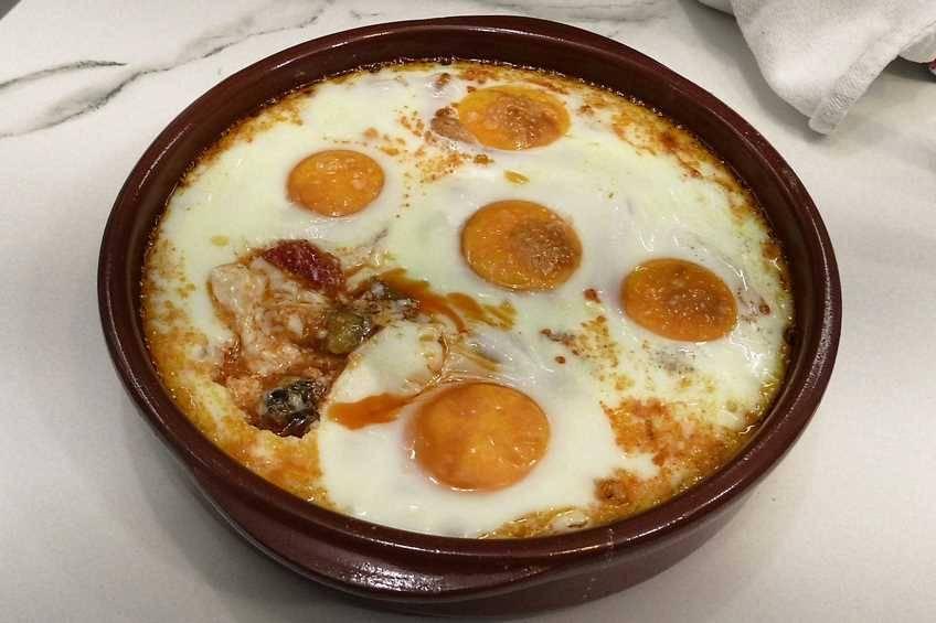 Paso 3 de Receta de huevos con pisto