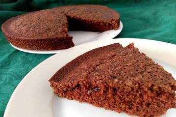 Bizcocho loco de chocolate o crazy cake
