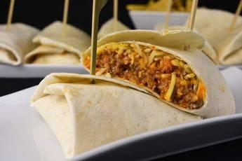Burritos de carne con chipotle y jalapeño