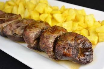 Carrilleras de cerdo asadas al romero