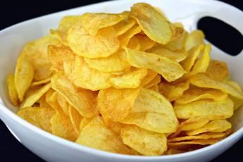 Cómo hacer patatas fritas como las de bolsa