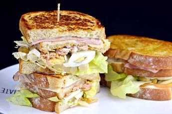 Cómo hacer un sándwich completo