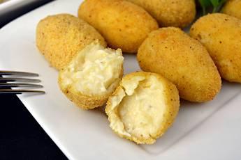 Croquetas de queso muy cremosas