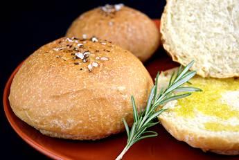 Pan de aceite con aroma de romero