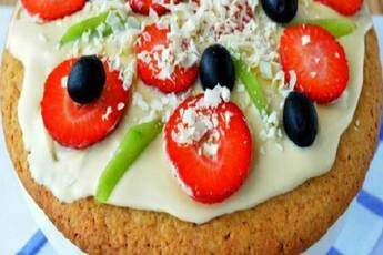 Pizza dulce con frutas