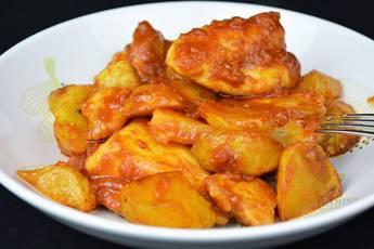 Receta de pollo al ajillo con salsa de tomate