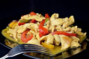 Pollo con salsa de soja al estilo chino
