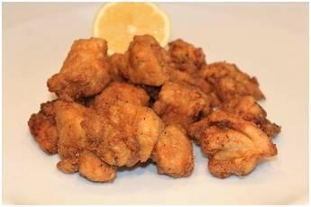 Como hacer pollo frito muy crujiente, pollo macerado