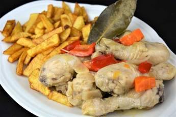 Como hacer pollo en escabeche, receta tradicional