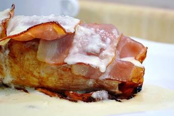 Solomillo de cerdo al horno envuelto en beicon
