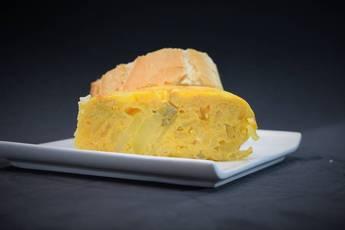 Tortilla de patata y setas picantonas