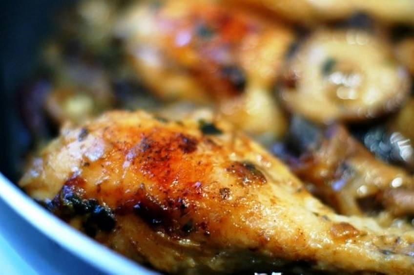Muslitos de pollo con setas y arroz - Muslitos de pollo ...