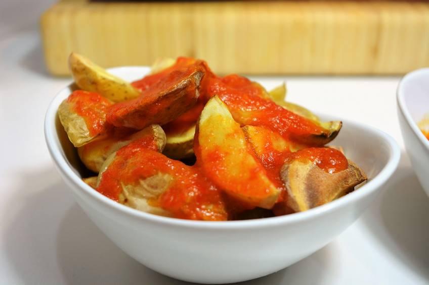 Patatas bravas al horno for Canal cocina tapas