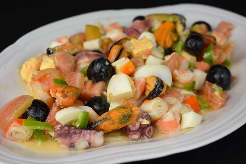 Receta de salpic n de marisco con pulpo - Aperitivos de mariscos ...
