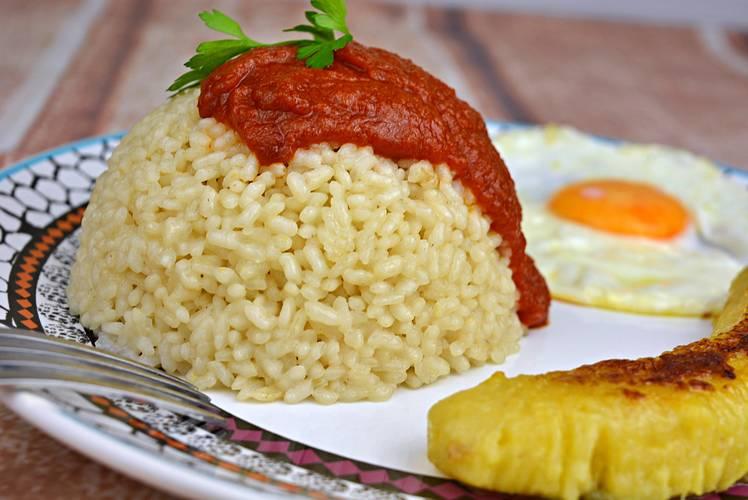 Receta de arroz a la cubana fácil y sabrosa