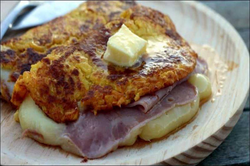 Cachapas rellenas con jamón y queso